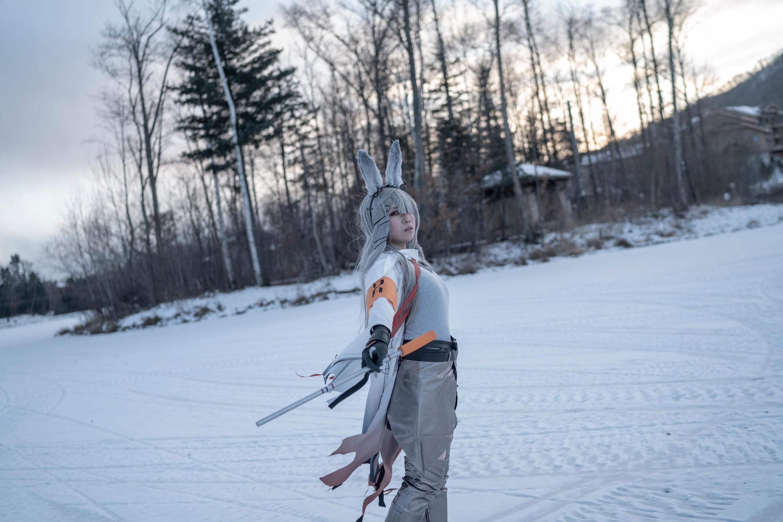 《明日方舟》霜星cosplay【CN:诗歌】-第2张