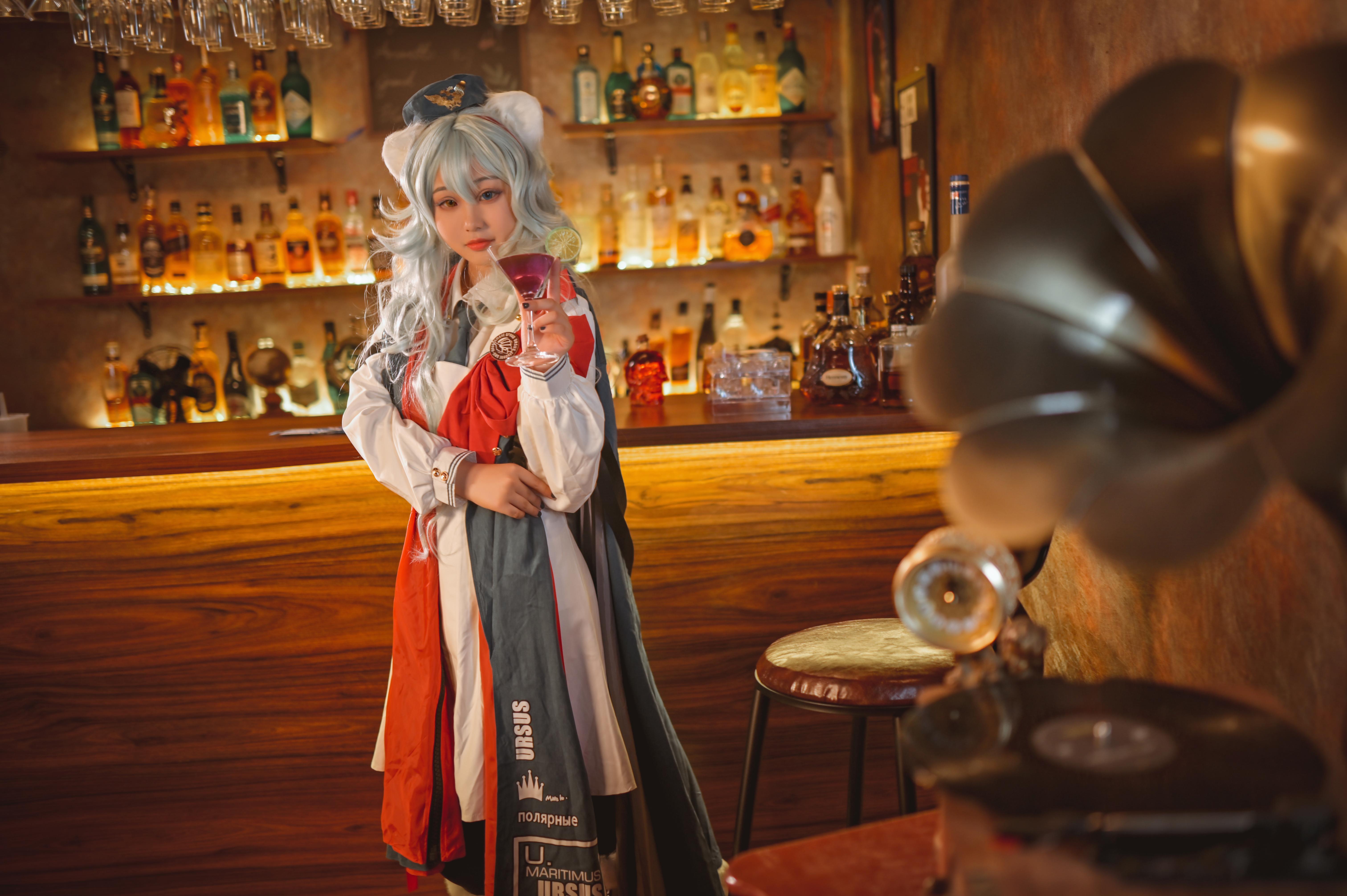 《明日方舟》正片cosplay【CN:魔法少女离酱】-第1张
