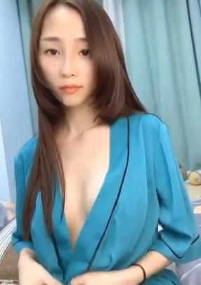 高端私密群-露脸美女如云福利视频合集 1V