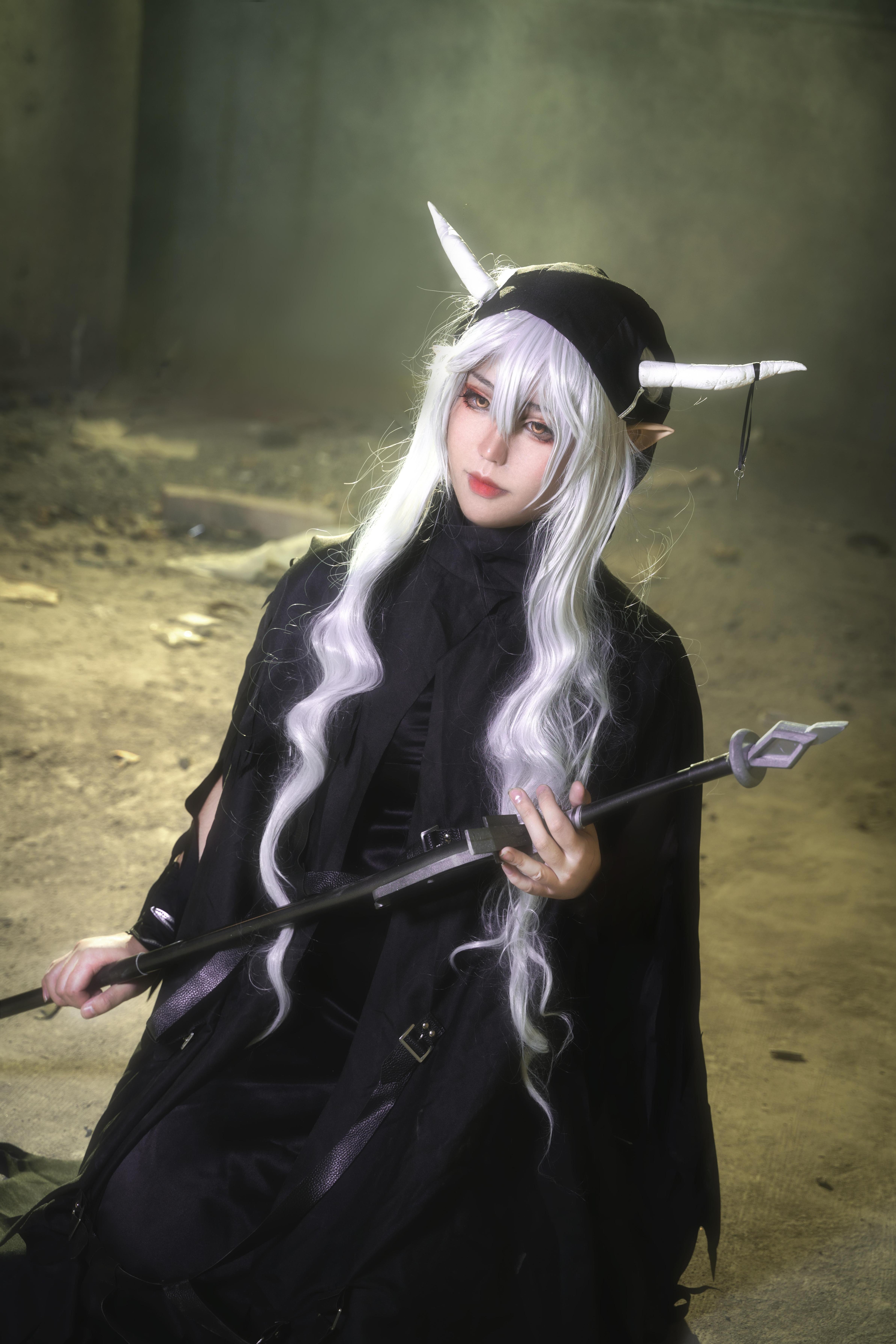 《明日方舟》正片cosplay【CN:离鸢三岁半】-第2张