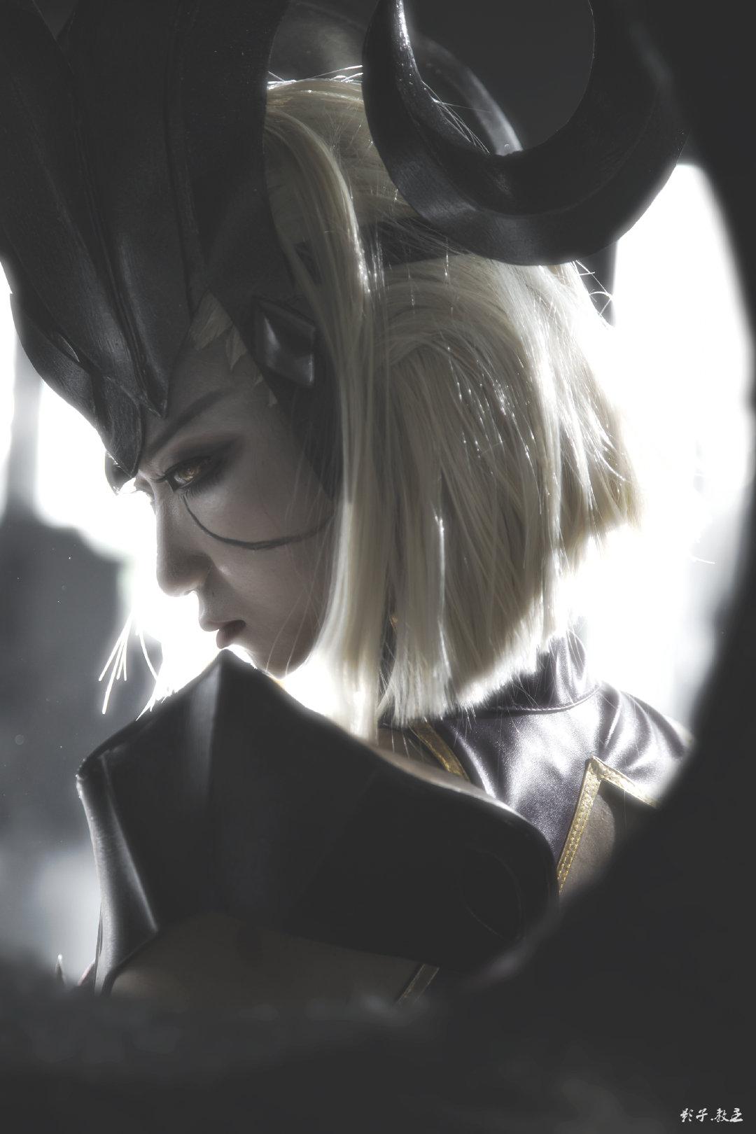 英雄联盟   青钢影 魔女  @阿喵一只猫ovo   (摄影:@教主Shadow)  (2020广州么多动漫嘉年华) (9P)-第1张