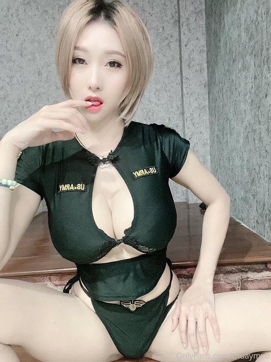泰国巨乳网红mauymyb福利视频合集 56P103V